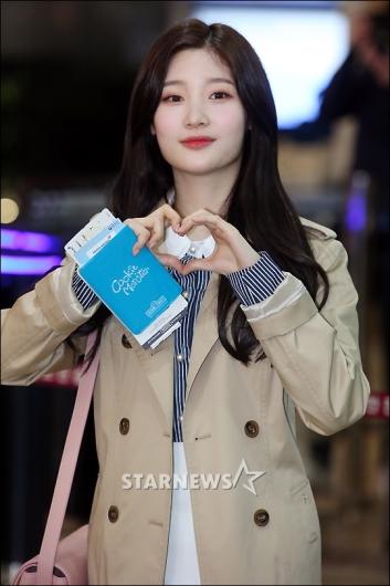 [★포토]정채연 '예쁘다 예뻐!'
