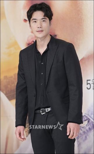[★포토]김강우, '카리스마 눈빛'