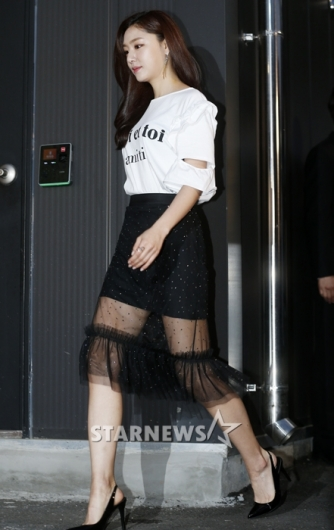[★포토]서지혜, '시스루 속 아찔 각선미'