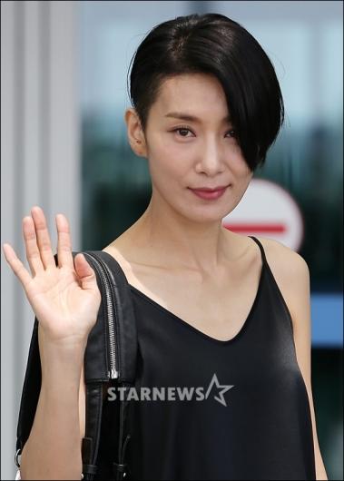 [★포토]김서형, '칸 다녀올게요'