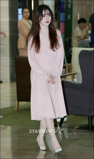 [★포토]구혜선, '청순미 넘치는 등장'