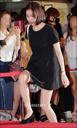 [★포토]김예원, '초미니 블랙 원피스 입고'