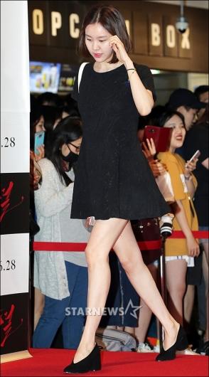 [★포토]김예원, '자신감 넘치는 각선미'