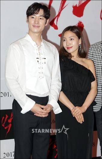 [★포토]이제훈-최희서, '박열에서 만나요'