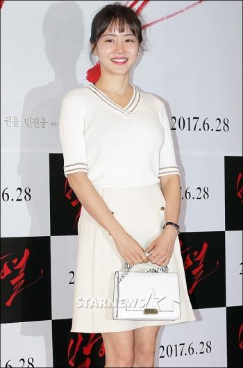 [★포토]황우슬혜, '심플한 패션'