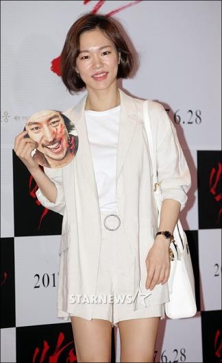 [★포토]한예리, '청순한 화이트 패션'