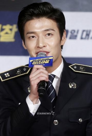 [★포토]강하늘, '이론백단 청년경찰'
