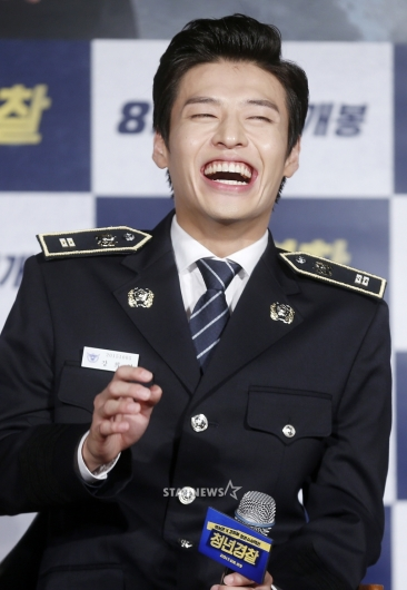 [★포토]강하늘, '너무 즐거워 함박 웃음'