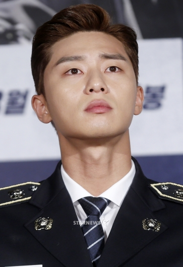 [★포토]박서준, '목선까지 잘생긴 남자'