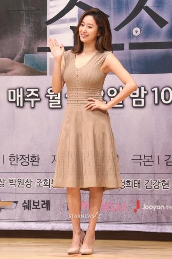 [★포토]전혜빈, '손만 들어도 섹시하죠?'