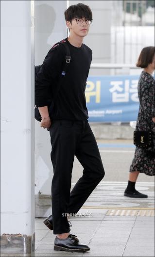 [★포토]남주혁, '공항에서도 빛나는 모델 비율'