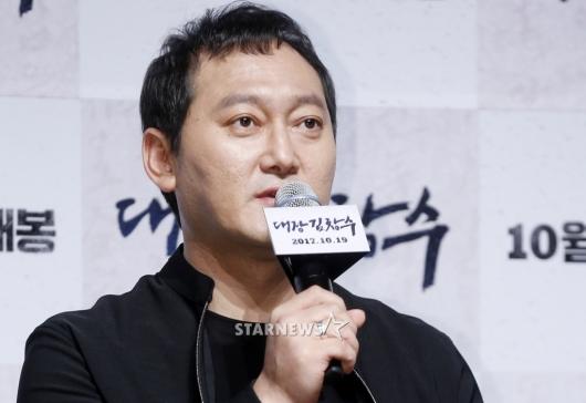 [★포토]정만식, '대장 김창수'로 돌아왔습니다
