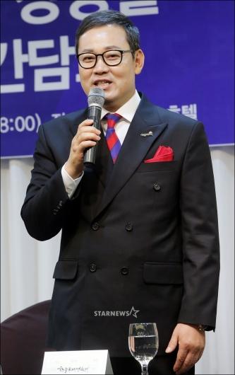 [★포토]인사말하는 장성철 조직위원장