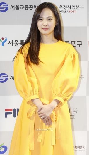[★포토]윤승아, '사랑받으니 더 예뻐졌네'