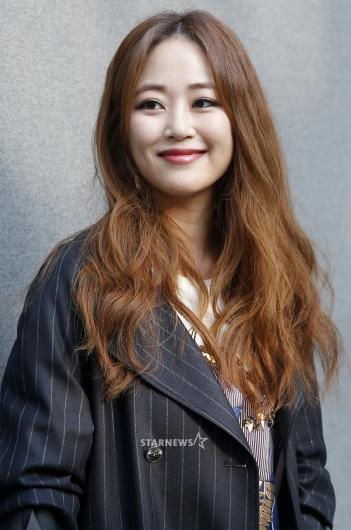 [★포토]김효진, '미소도 살짝'