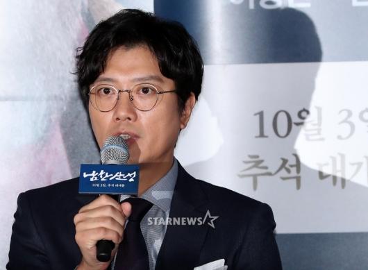 [★포토]박희순, '촬영하며 즐거운 시간'