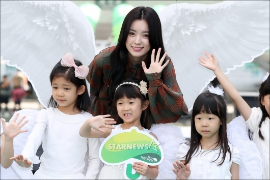 [★포토]한효주 '마음씨도 천사네'