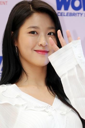 [★포토]설현 '오목조목 예쁜얼굴'