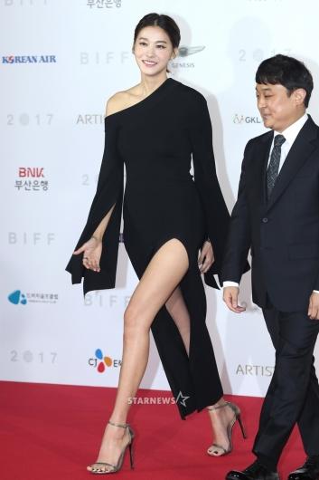 [★포토]'각선미 퀸' 유인영