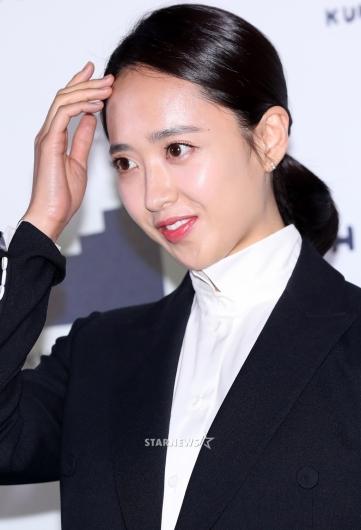 [★포토]김민정, '머리를 다 올려도 예쁘면 반칙'