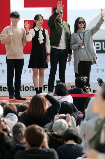 [★포토]팬들 만난 영화 '메소드'