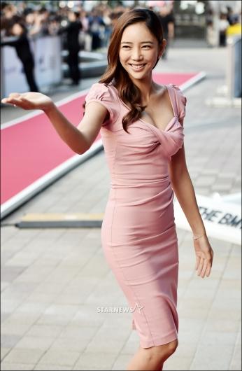 [★포토]이태임, '몸매 드러낸 초밀착 드레스'