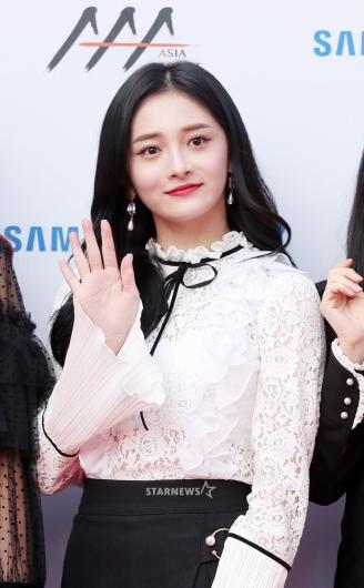 [★포토]주결경, '인형이 손 흔드는 중'