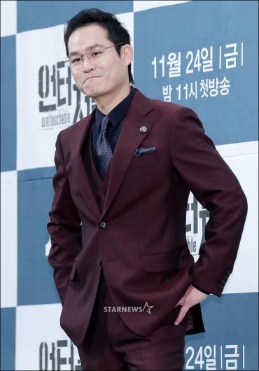 [★포토]김성균, '오늘 멋있죠?'
