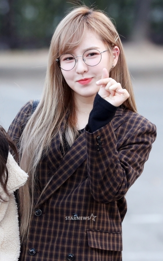 [★포토]웬디, '안경을 써도 너무 귀여워'