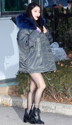 [★포토]하나, '추워도 포기 못 한 초미니'