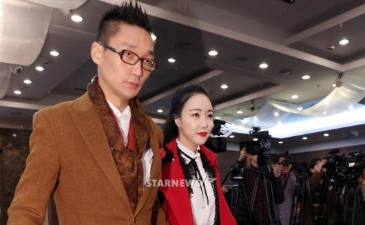 [★포토]왕진진-낸시랭, 논란 안고 기자회견 참석