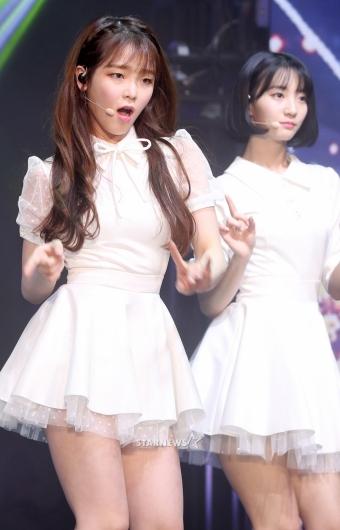 [★포토]승희-비니, '예쁨 넘치는 무대'