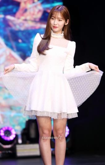 [★포토]아린, '날아갈 것 같은 요정'