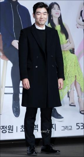 [★포토]이종혁, '멋쟁이 준수 아빠'