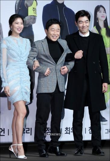 [★포토]오윤아-이문식-이종혁, '즐거운 미소'