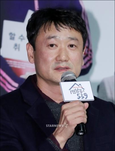 [★포토]인사말 하는 강훈 감독