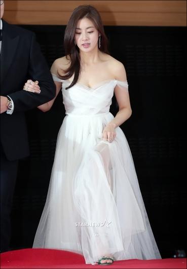 [★포토]강소라, '섹시한 오프숄더 드레스'
