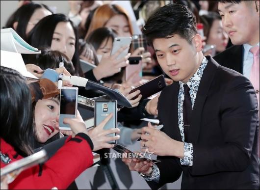[★포토]이기홍, '같이 사진 찍어요'