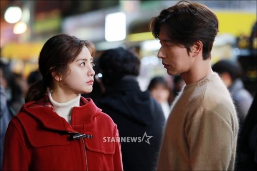 [★포토]나나-박해진 '애틋한 눈빛'