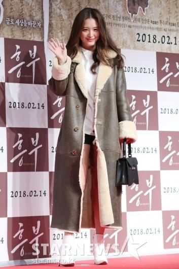 [★포토]김재경, 섹시한 겨울 패션