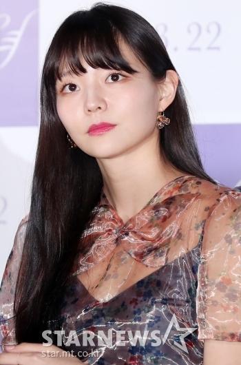 [★포토]이솜, '시스루 의상보다 빛나는 외모'