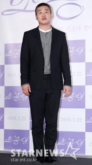 [★포토]안재홍, '포즈는 항상 정자세'