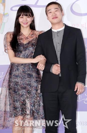 [★포토]이솜-안재홍, '케미 넘치는소공녀 커플'