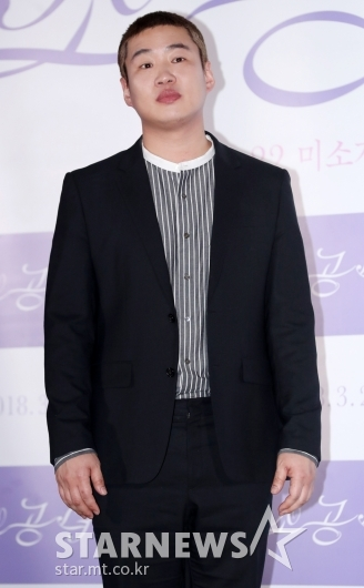 [★포토]안재홍, '포토타임은 어색해'