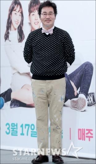 [★포토]유동근, '작업복 입고 온 수제화 장인'