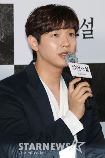 [★포토]지현우, '영화 재미있게 보셨나요?'