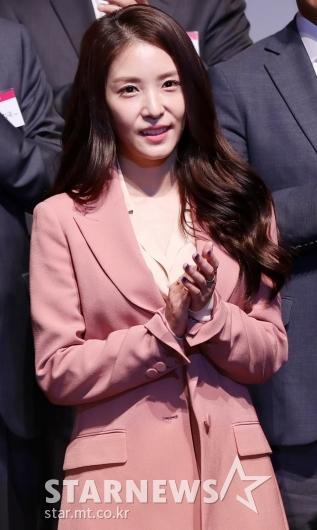 [★포토]보아, '박수치는 SM 권이사님'