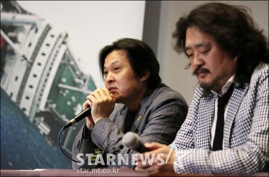 [★포토]질의에 답하는 '그날, 바다' 김지영 감독