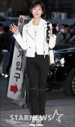 [★포토]고원희, '운동화에도 완벽한 비율'