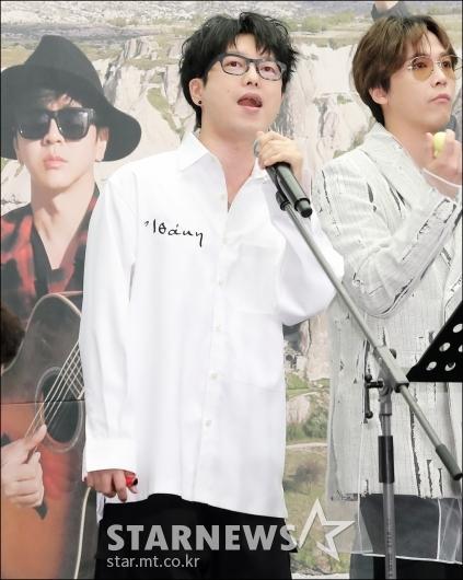 [★포토]허영지 남친 하현우, '연애하면 멋있어져요'